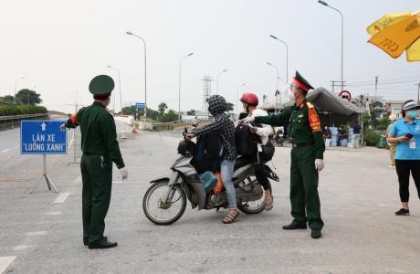 Từ 16/10, người vào tỉnh Nam Định không phải xuất trình kết quả xét nghiệm SARS - CoV - 2