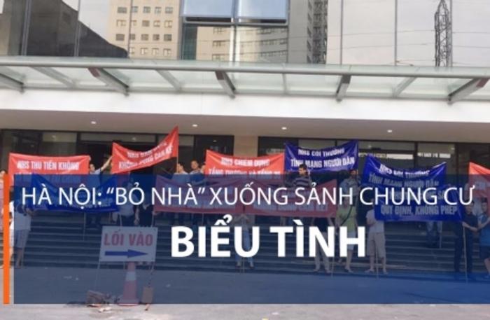"""Hà Nội: """"Bỏ nhà"""" xuống sảnh chung cư biểu tình   VTC1"""