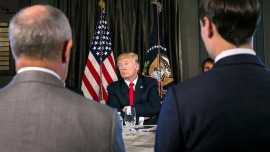 Dọa Triều Tiên như thế, chỉ có ông Donald Trump